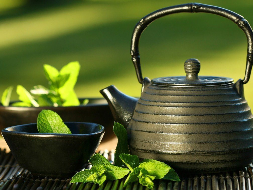 Topical Green Tea: One Of Nature's Most Potent Acne Treatments