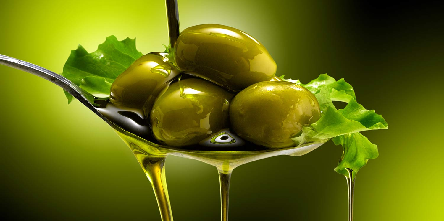 Olive Oil For Acne - 3 Little-Known Reasons To Say No